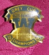 Pin's GREY CUP FOOTBALL AMERICAIN P 34 - Pin's