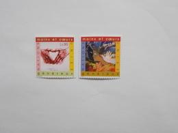 LOT DE 2 TIMBRES NEUFS : PATRIMOINE MONDIAL JAPON - Neufs