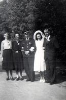 Photo Originales Guerre 1939-45 - Aviateur Français à Vichy Le Jour De Son Mariage Le 20.06.1942 - Guerre, Militaire