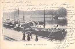 PENICHES Barge - 95 ASNIERES Bords De La Seine ( Grande Péniche En 1er Plan ) CPA - Lastkähne Aken Chiatte Barcazas - Embarcaciones
