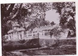 Photo Originale Albuminée Circa 1900  Indochine Viet Nam,   Pagode De Côté à Thudaumont - Luoghi