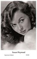 SUSAN HAYWARD - Film Star Pin Up PHOTO POSTCARD- Publisher Swiftsure 2000 (35/285) - Postales