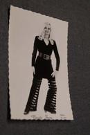 Chanteur,chanteuse,sixties,belle Photo De Nicole Josy ( Wemmel) 14 Cm. Sur 9 Cm. - Célébrités