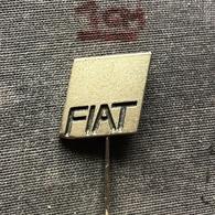 Badge Pin ZN007685 - Automobile (Car) Truck (Lastkraftwagen / Kamion) Tractor Fiat - Fiat