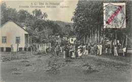 Sao Tome Et Principe / 19 - Avenida Governador Silveira - Belle Oblitération - Défaut - Décollée - Sao Tome And Principe
