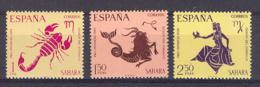 Sahara 1968 - Pro Infancia, Zodiaco Ed 265-67 (**) - Sahara Español
