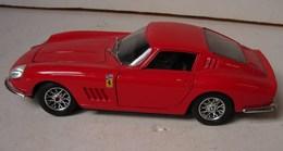 Lot. 1001. Ferrari 275 GTB4. 1/24 - Burago