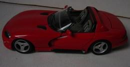 Lot. 1002. Ferrari VIPER  2T/10. 1/18 - Burago