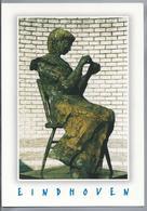 NL.- EINDHOVEN.Beeld Van Het Lampenmaakstertje Gemaakt Door Mevrouw Jos De Wit Van Riemsdijk. Foto Pieter Diepenmaat. - Sculpturen