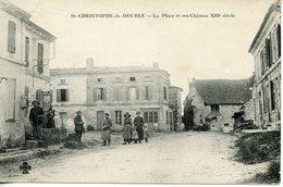 274. CPA 33 ST-CHRISTOPHE-DE-DOUBLE. LA PLACE ET SON CHATEAU XIIIè SIECLE - France