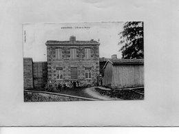 F0401 - AMBRIERES - D51 - L'Ecole Et Mairie - Autres Communes