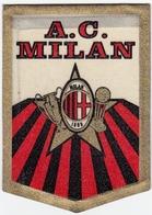 SPORT - CALCIO - FOOTBALL - SCUDETTO TIPO STOFFA - A. C. MILAN - Vedi Retro - Abbigliamento, Souvenirs & Varie