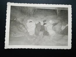 SPA LIÈGE WALLONIE BELGIQUE LOT 11 PHOTOS GROUPE DE JEUNES ANNÉES 1958 1959 1970  + UNE CARTE POSTALE - Luoghi