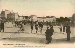 040119 - 33 LIBOURNE Place Decaze - Passage Course Pédestre Bordeaux Paris - Sport Vélo Colorisée - Libourne