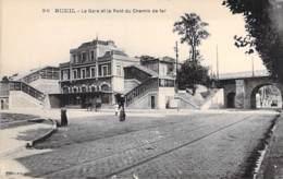 92 - RUEIL : La Gare Et Le Pont Du Chemin De Fer - CPA - Hauts De Seine - Rueil Malmaison