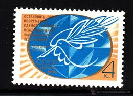 RUSIA 1976 - 7ª LLAMADA AL CESE DEL ARMAMENTO - YVERT Nº 4279** - 1923-1991 USSR
