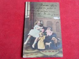 Enfant Jouant Avec Des Poupées,Children Playing With Her Dolls - Jeux Et Jouets