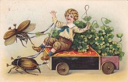 855/ Getekende Kaart, Insecten Trekken Wagen Met Kind Met Klavertjes - Insecten