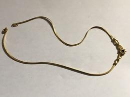267/  COLLIER RAZ DU COU - Necklaces/Chains