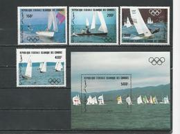 COMORES Scott C127-C130 C131 Yvert PA197-PA200 BF38 (4+bloc) ** Cote 17,25 $ 1983 - Comores (1975-...)