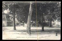 Ligueil: La Place Nationale - Francia