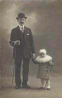Père Et Fils - Personnes Anonymes