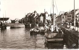 44. CPSM. Loire Atlantique. Le Croisic. Le Port Et Les Quais (animée, Retour De Pêche) - Le Croisic