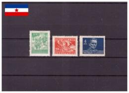 Yougoslavie 1945 - MH* - Militaria - Tito - Michel Nr. 471 474 477 (yug557) - Neufs