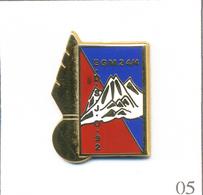 Pin's Armée - Gendarmerie / EGM 24/4 - EDS (Escadron Départemental Sécurité) J.O 1992 Albertville. T627-05 - Armee