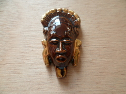 FEVE  DORE   MASQUE AFRICAIN - Charms