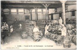 51 REIMS - Travail Du Vin De Champagne - Le Soutirage - Reims
