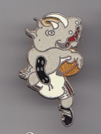 Pin's Rugby BOV Rhinocéros  Réf 8283 - Rugby