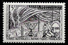 TAAF N°8 5F Violet 1957 * - Terres Australes Et Antarctiques Françaises (TAAF)