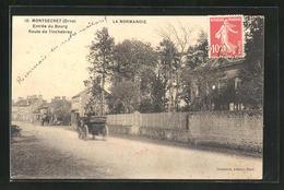 CPA Montsecret, Entrée Du Bourg, Route De Tinchebray - France