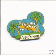 Pin's Alimentaire - Barre Glacée Bounty à La Noix De Coco. Non Estampillé. Zamac. T634-07 - Food