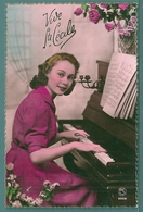 CP - JEUNE FEMME AU PIANO - STE CÉCILE - Women