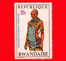 RWANDA  - Usato - 1970 - Costumi - Donna In Abiti Tradizionali - Tharaka Meru Woman - 20 C - Rwanda