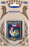 Broderie ; Nem Ecusson France - Postales