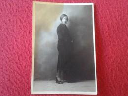 SPAIN. ANTIGUA FOTO FOTOGRAFÍA OLD PHOTO WOMAN BLACK MUJER CHICA SEÑORA DE NEGRO LUTO ENLUTADA FOTÓGRAFO COMPANY MADRID - Personas Anónimos