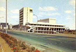Nevers (58 - Nièvre) - 58 - La Maison De La Culture - Architectes : Mrs Guillaume Et Vauzelle - Nevers