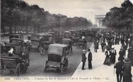 75 - PARIS 16 ème : L'Avenue Du BOIS De BOULOGNE Et L'ARC De TRIOMPHE ( Animation Et Bon Plan Automobiles ) CPA - - Arrondissement: 16
