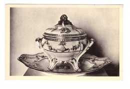 92 Musée Céramique De Sèvres Porcelaine Tendre De Sevres Soupiere Au Chiffre De La Du Barry - Sevres