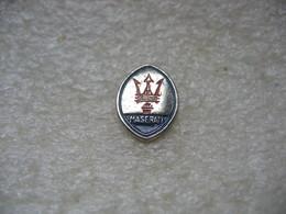 Pin's Embleme MASERATI, Automobiles De Luxe, De Sport Et De Course - Badges