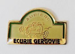 Pin's Aubière Ecurie Gergovie Puy De Dôme - 41R - Pin
