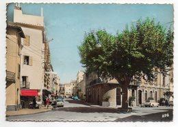 LE BOULOU -- L'hôtel De Ville Et Rue Arago-Hôtel Du Centre Et Hôtel Richelieu (voitures,petite Animation)......à Saisir - France