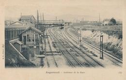95) ARGENTEUIL : 2 CPA - Intérieur De La Gare - Argenteuil