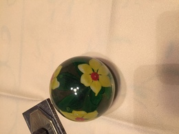 PRESSE PAPIER ANCIEN TRES BONNE ETAT BIEN LOURD - Glass & Crystal