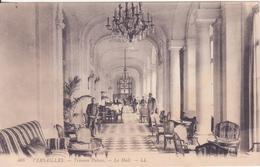 CPA - 466. VERSAILLES Trianon Palace Le Hall - Versailles (Château)