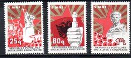 XP3958 - ALBANIA 1977 , Yvert Serie N. 1711/1713  ***  Martiri - Albania