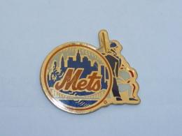 Pin's BASE BALL METS - Baseball